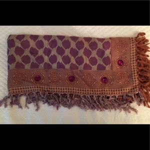 Accessories - 🌿Square Jeweled wool scarf Vintage w/ fringe